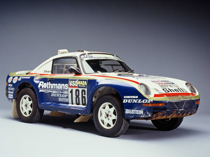 Porsche 959 - Group B Dakar Rallye version.