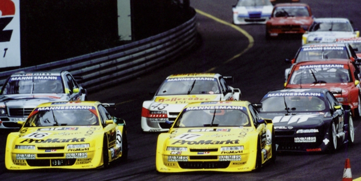 The 1996 ITC Championship in action at the Norisring.