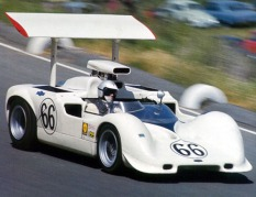 The Chaparral 2E with its adjustable wing.