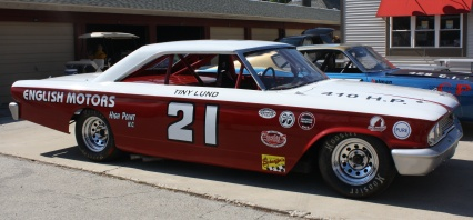 Tiny Lund 1963 Wood Brothers Racing Ford.
