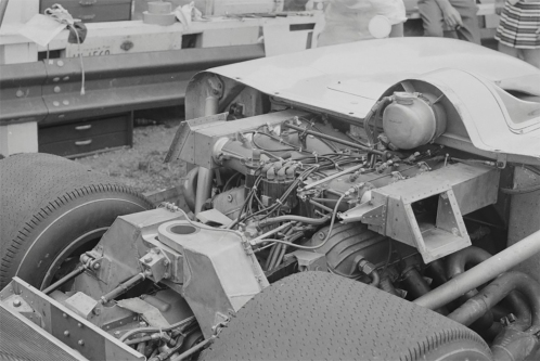 The rear of the car with a very tightly packaged engine, gearbox and the De-Dion suspension.