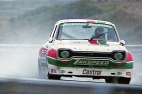 The Hans Heyer and Klaus Ludwig Zakspeed Escort at speed.