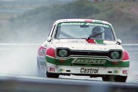The Hans Heyer and Klaus Ludwig Zakspeed Escort at speed.