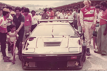 1983 and H-J Stuck visiting and winning with the Group 4 spec BMW M1.