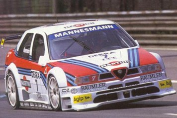 Nannini flying through the Avus chicane.