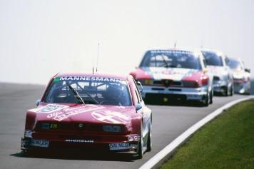 Tarquini at speed © www.jakobebrey.com